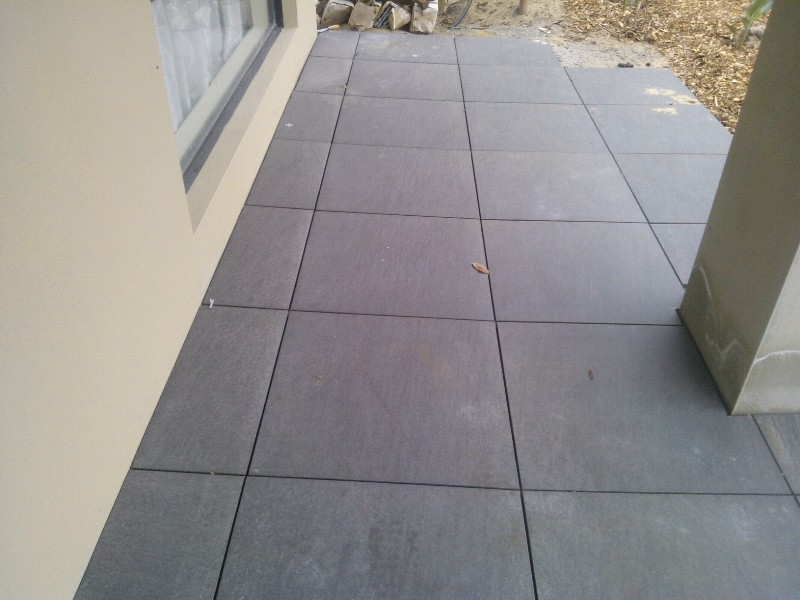 Outdoor pocerlain bluestone colour  2